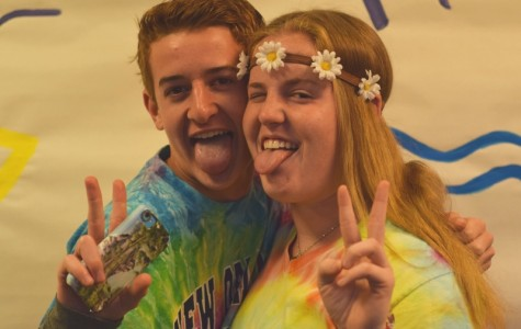 "Campus erupts in tie-dye for ""70's"" Tuesday"