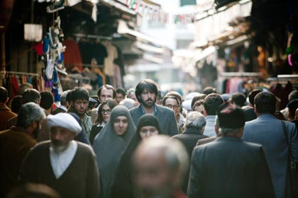 Argo impresses viewers with true story