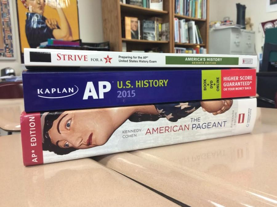 Photo+by%3A+Taylor+Stokes%0D%0A%0D%0AThese+are+AP+and+US+History+study+tools+and+are+used+to+help+make+students+successful+on+the+AP+test.
