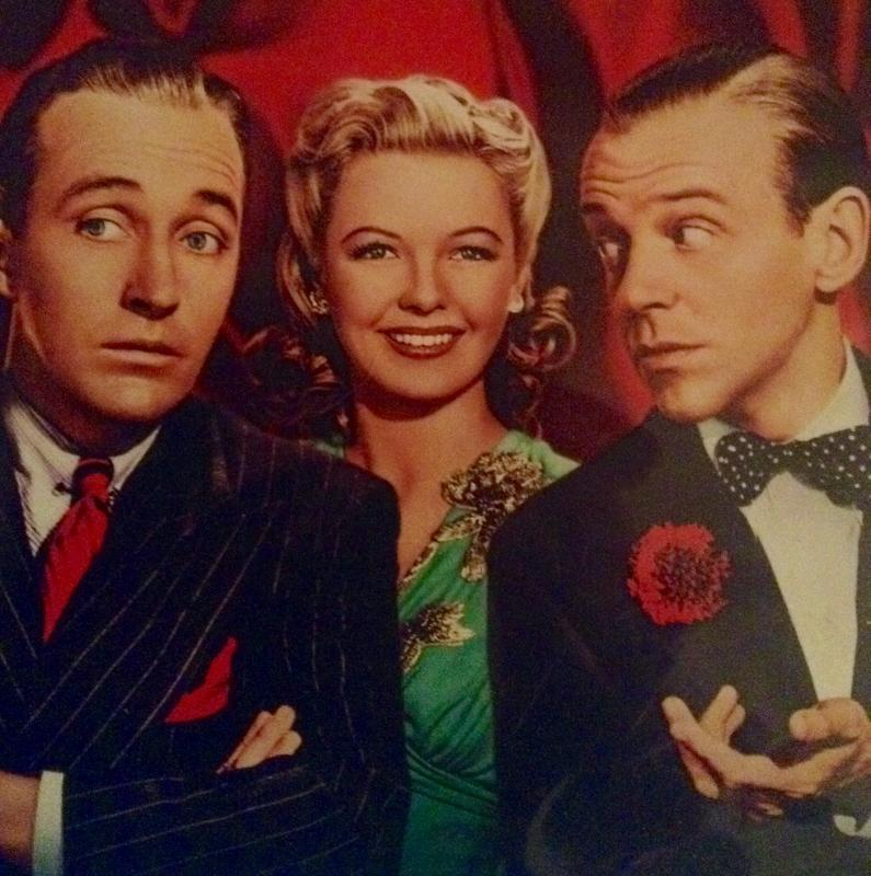 Bing+Crosby%2C+Fred+Astaire++and+Marjorie+Reynolds+on+the+cover+of+the++Holiday+Inn+DVD.