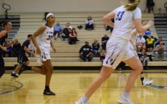 Girls Basketball jumps straight into practice