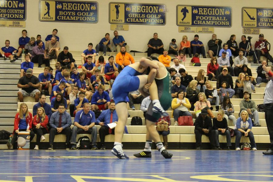 OC+Eagles+are+outperforming+the+competition+at+a+wrestling+meet