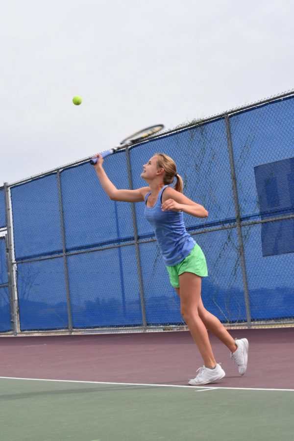 Tennis+begins+spring+season+with+strong+team