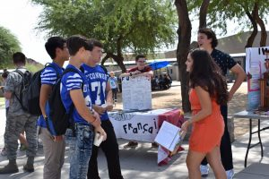 Academic Decathlon members promote their club to prospective students