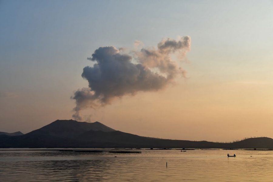 Taal+Volcano+still+threatens+the+Philippines+with+unsafe+conditions